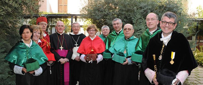 La Santa Sede erige la Facultad de Derecho Canónico de Valencia que quedará integrada en la UCV El secretario de la Congregación para la Educación Católica lo anuncia en Valencia