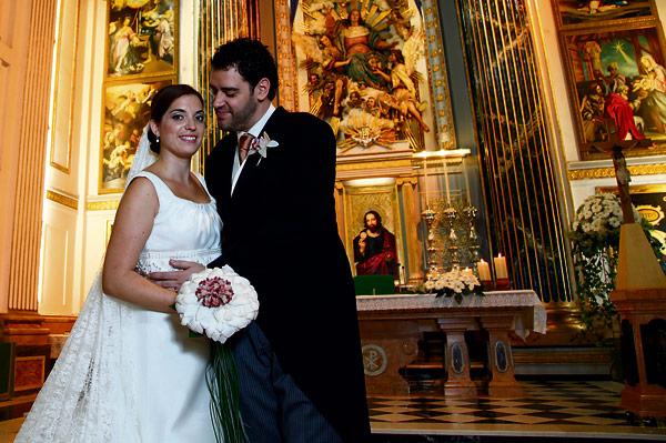 Sí, quiero El matrimonio: una gran oportunidad para vivir la fe no como apariencia social sino como respuesta a Dios.