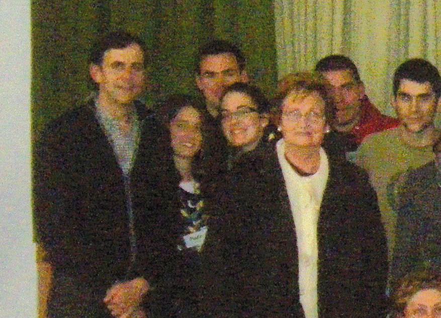 Juniors de Camp de Turia, con el director Juan Manuel Cotelo Jóvenes de varias parroquias comparten formación con el director de cine