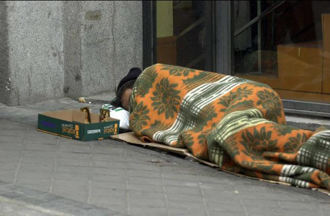Cáritas Diocesana de Valencia abre un albergue  temporal para las personas sin hogar Dispone de 23 plazas para quienes no pueden acceder a otros recursos