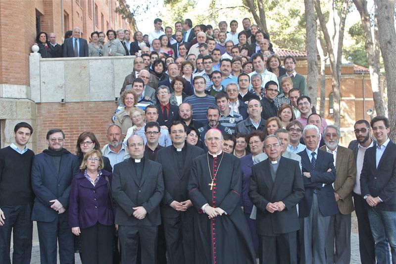 """Día de padres en el Seminario: """"Si somos santos, los seminarios se llenan"""" El Arzobispo responde en diálogo """"abierto y muy enriquecedor"""" a las preguntas de los padres de los futuros sacerdotes de Valencia"""