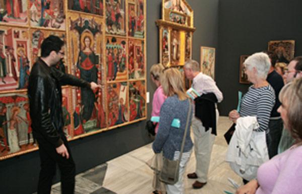 La exposición 'Camins d'Art' de Alcoy cierra sus  puertas con 280.000 visitantes Ha sido expuestas un total de 256 obras de arte, entre pinturas, esculturas, tejidos y orfebrería.