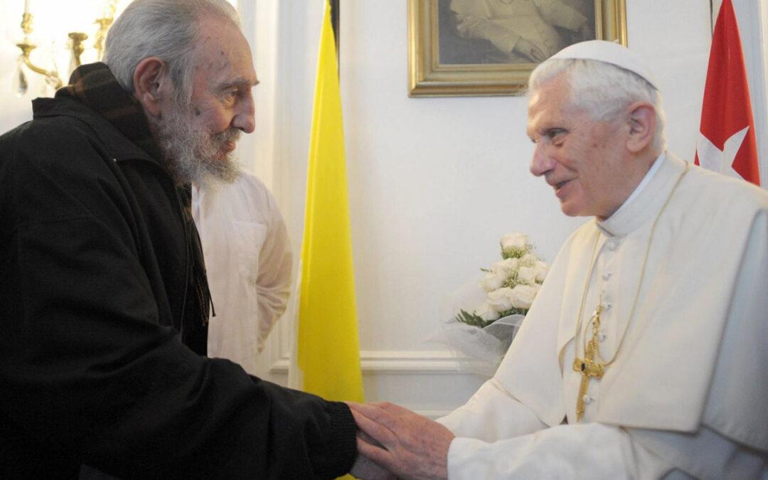 """Benedicto XVI pide a las autoridades cubanas el """"respeto de las libertades fundamentales"""" Concluye en la isla un viaje que le ha llevado por tierras mexicanas y cubanas."""