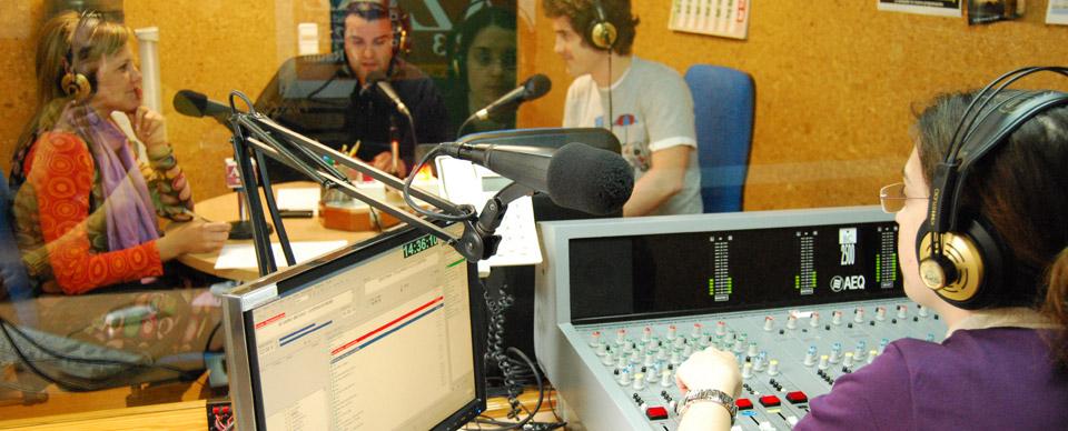 El IDR en AZ Radio, una ayuda para vivir mejor la Cuaresma y la Pascua En la 92.3 fm o en www.azradio.org