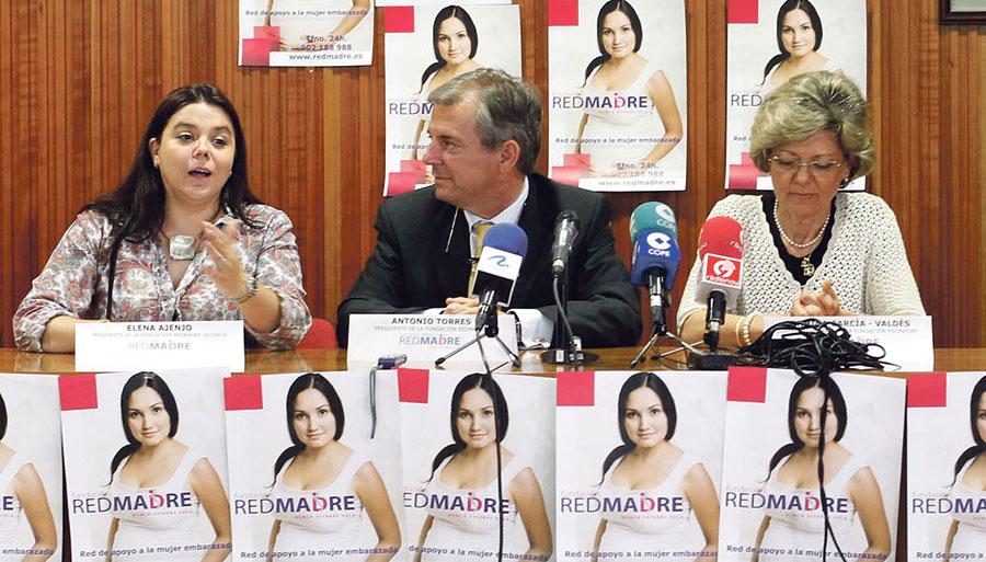 'Redmadre Valencia' ha ayudado a nacer a 37 niños de madres en riesgo de exclusión La entidad, constituida en octubre de 2011, ha sido presentada en Valencia