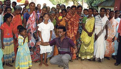La Fundación Pontificia 'Ayuda a la Iglesia Necesitada' se vuelca con  los cristianos de Bangladesh en su campaña navideña 2012 Presenta desde Valencia su propuesta a nivel nacional para fortalecer a la Iglesia de este país