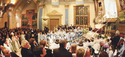 Más de 10.000 peregrinos han sido testigos  del Año Santo Mariano en Ontinyent Varios miles de personas participaron en las distintas eucaristías de la clausura el sábado día 8