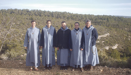 Los Hermanitos del Cordero levantarán su pequeño monasterio también en Navalón Cerca del de las Hermanitas, empezarán a construirlo en primavera