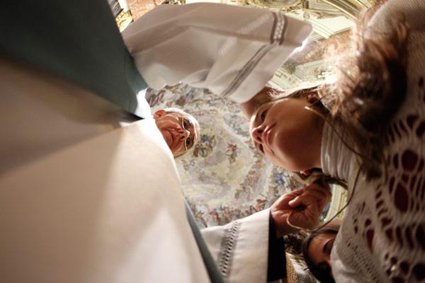 Los jóvenes de las vigilias ya han empezado a ser 'misioneros de la fe' El arzobispo de Valencia volvió a pedir voluntarios para que, en sus propios ambientes, hablen a otros de Jesucristo y del evangelio