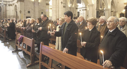 Fieles de la vicaría IV peregrinan a la Seo para ganar la indulgencia plenaria Dentro de la iniciativa organizada por el Arzobispado con motivo del Año de la Fe