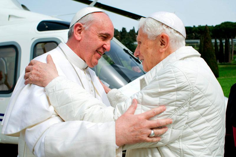 Francisco pone a Benedicto XVI como ejemplo de seguimiento  de Dios desde la conciencia La conciencia es el espacio interior de la escucha de la verdad
