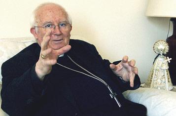 """La elección del papa Francisco """"ha sido de Dios; con eso, lo digo casi todo"""" Entrevista al cardenal Antonio Cañizares, tras su participación en el cónclave"""
