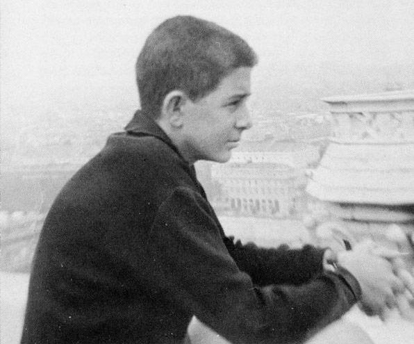 """""""Van a pensar que estamos locos: se nos ha muerto un hijo y no estamos tristes"""" Medio siglo del fallecimiento a los 16 años del venerable Faustino Pérez-Manglano"""