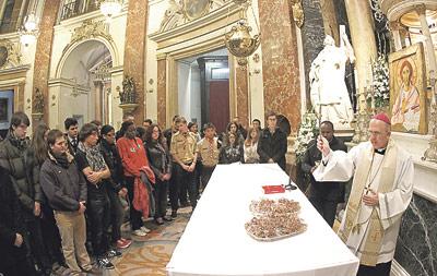 Una vigilia joven con Benedicto XVI en el recuerdo Los jóvenes valencianos hablan sobre el Santo Padre