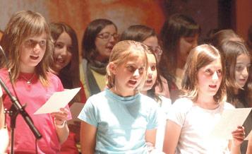 El Festival de la Canción Vocacional, el día 14, y este año, con cuentacuentos vocacionales y 'pasapalabra' bíblico En el Seminario Mayor, con el lema 'Hágase en mí', una carpa con el Santísimo y la asistencia de don Carlos