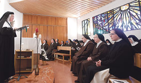Las prioras y abadesas de monasterios de  vida contemplativa se reúnen con el Arzobispo Don Carlos les informó de las actividades evangelizadoras