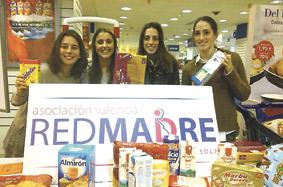 Redmadre pone en marcha la 'Operación bebé' para recoger comida para madres sin recursos Recauda más de 3.000 euros en alimentos con donaciones en Hipercor de Ademuz