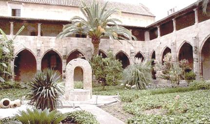 Las clarisas del monasterio de la Trinidad se  integran en el de la Puridad de Valencia Tras 500 años en el convento, dejan paso a otra comunidad de vida contemplativa