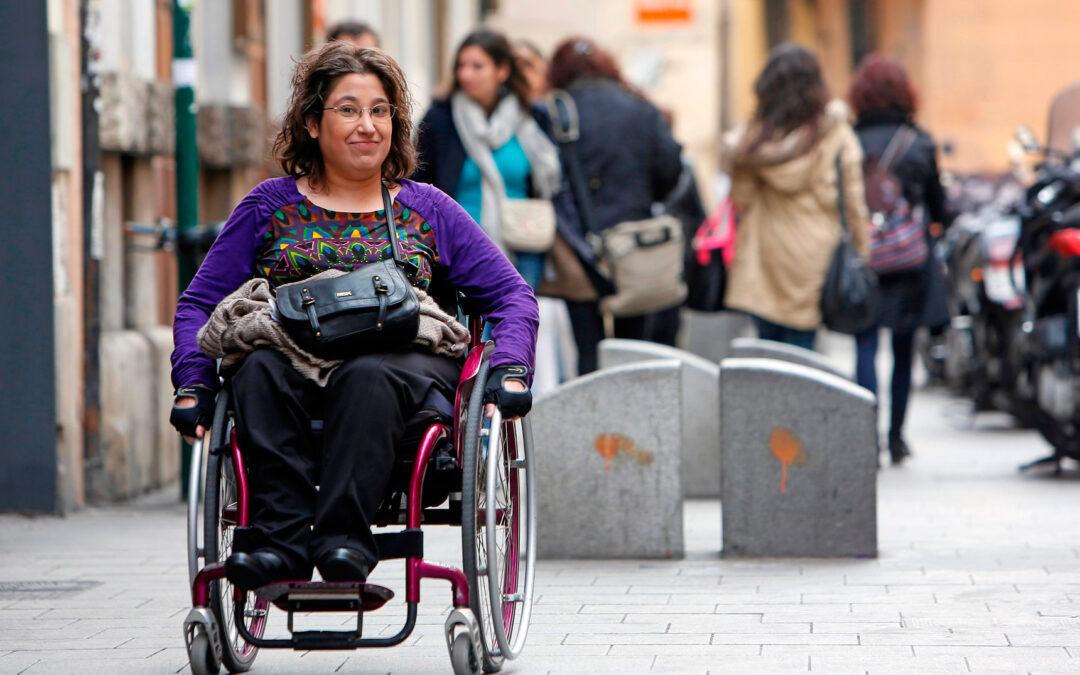 """""""Mi vida es igual de digna que la de cualquier persona"""" Testimonio de Isabel Alastrúe, enferma de espina bífida"""