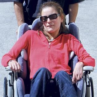 """Testimonio de fe en la discapacidad María José Solaz, de Caudete de las Fuentes,  padece una ataxia desde los 9 años y, a pesar de todo, agradece a Dios """"mi vida bella"""""""