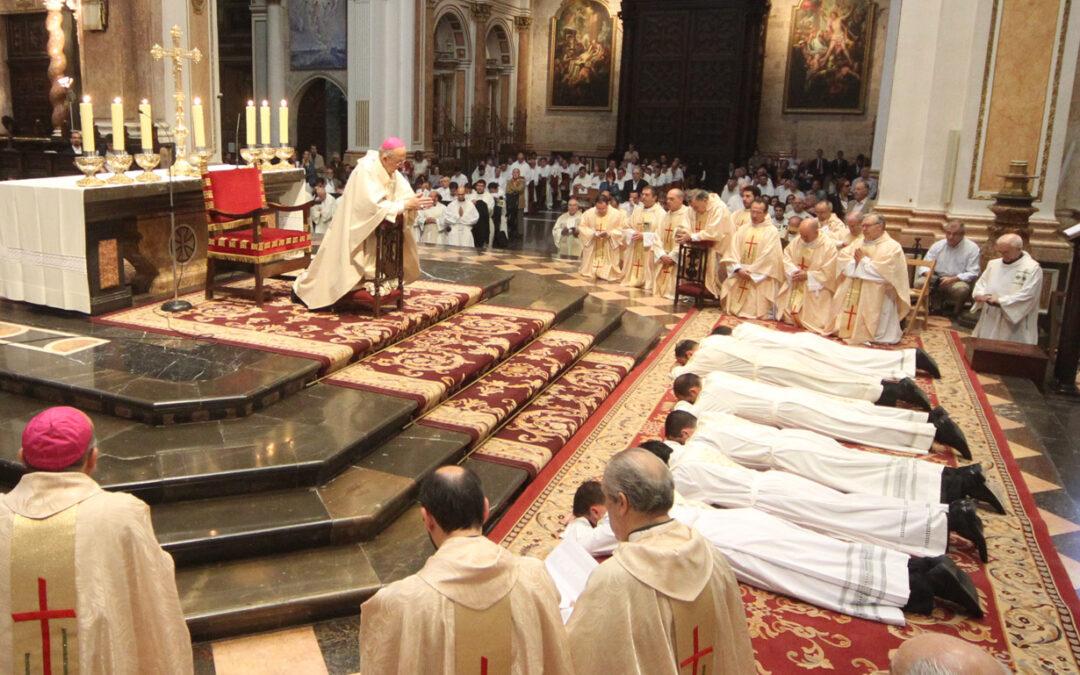Elegidos por el Señor para el sacerdocio Ordenaciones sacerdotales en la Catedral de Valencia