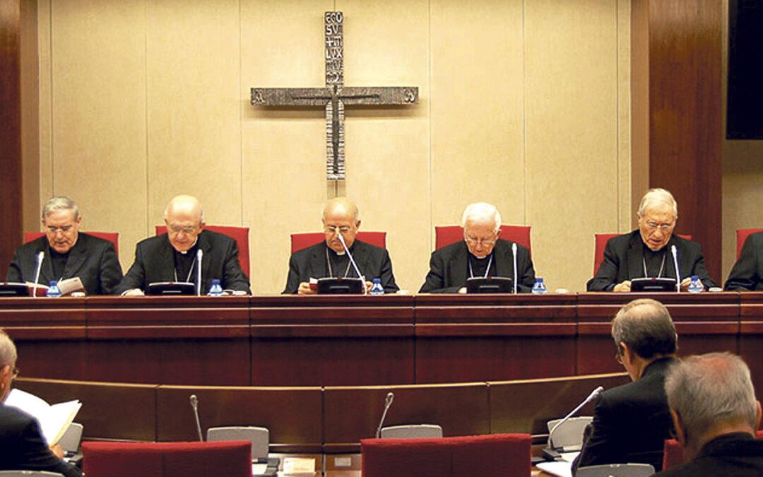 La Conferencia Episcopal anima a la  solidaridad y a la esperanza ante la crisis Muestra su dolor por los presuntos casos de abusos en Granada