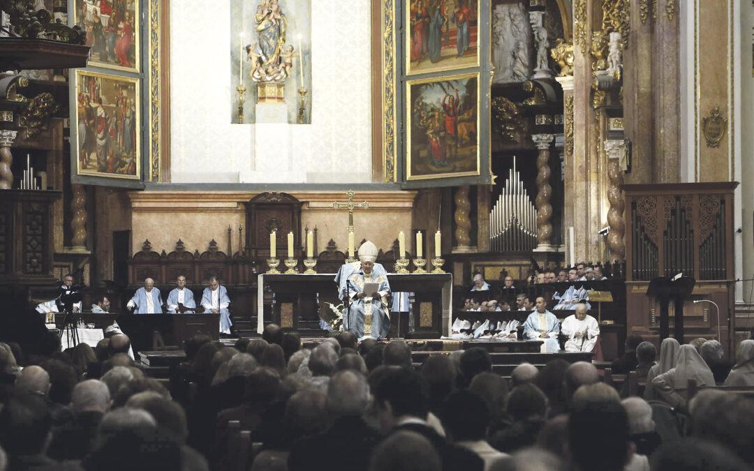 """""""A algunos les parece aburrido hacer el bien, pero la mayor fuente de alegría es obedecer a Jesús como hizo María"""" El cardenal Cañizares, en la misa de pontifical en la Catedral en la solemnidad de la Inmaculada"""