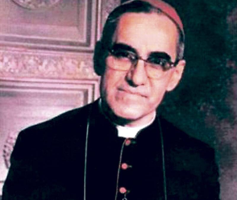 Monseñor Óscar Romero será beato El Papa autoriza el decreto de martirio de arzobispo de San Salvador