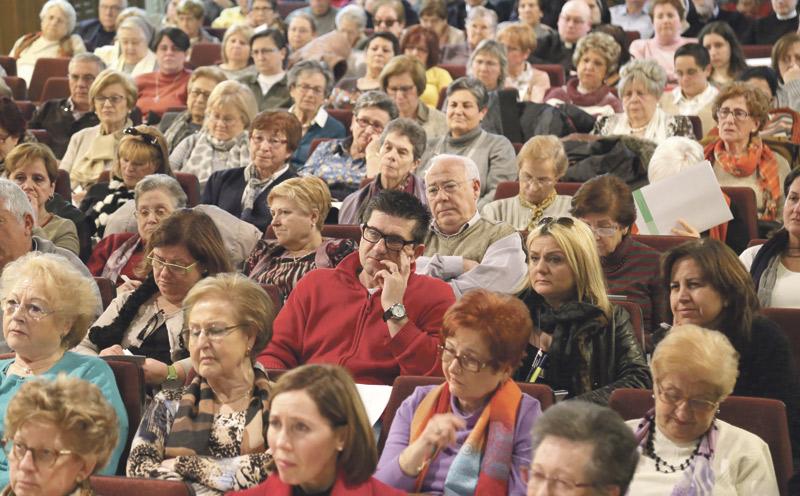 """""""El enfermo es una persona viva dentro de las comunidades parroquiales"""" La XII Jornada de Pastoral de la Salud se celebró en el Centro Arrupe de Valencia con la presencia de agentes, profesionales sanitarios y sacerdotes"""