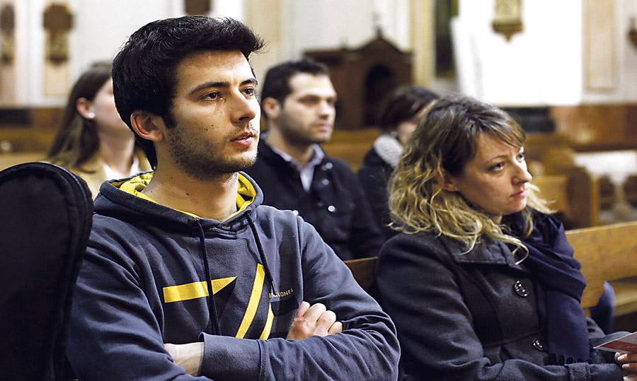 Cada lunes de marzo… vive la Cuaresma joven! A partir de las seis de la tarde en la iglesia de San Lorenzo