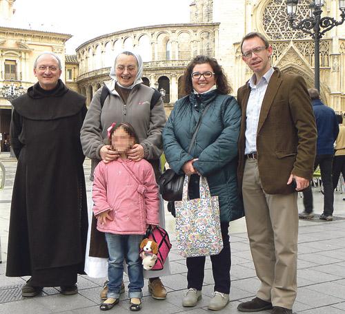 """El milagro en una niña valenciana posibilita la canonización de los padres de Sta. Teresita El Papa lo aprueba tras la curación """"científicamente inexplicable"""" de una recién nacida, Carmen, hoy de 6 años"""