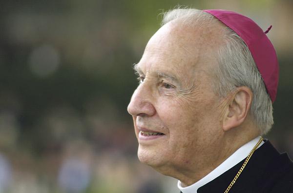 El prelado del Opus Dei llega a Valencia para abrir la nueva edición de 'Diálogos de Teología' Mons. Echevarría intervendrá el próximo día 17 en la Beneficencia tras la presentación del Arzobispo