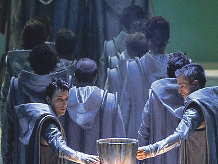 El Santo Cáliz en la gran pantalla Páginas especiales de PARAULA con motivo del próximo Año Santo Jubilar Eucarístico