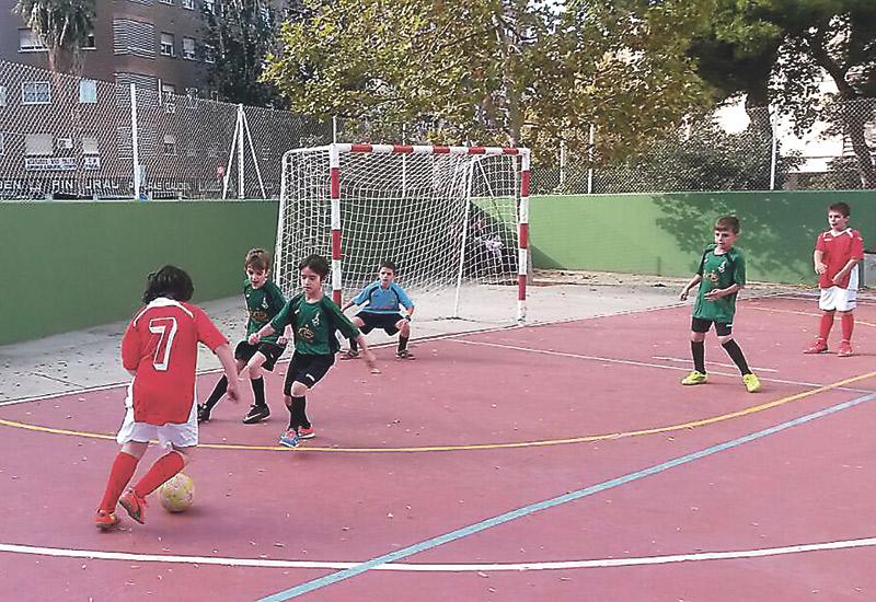 90 chavales crecen en la fe con el fútbol sala La Asociación Católica de Maestros de Valencia pone en marcha el proyecto 'Querubines'