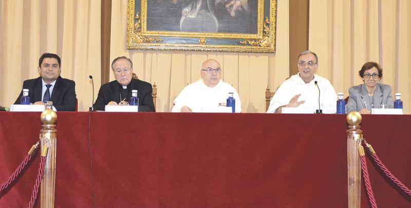 Nace en Valencia el máster universitario 'Relaciones  sociedad-cultura y religión' Organizado por Escuelas Católicas, Facultad de Teología y UCV, están abiertas ya las inscripciones