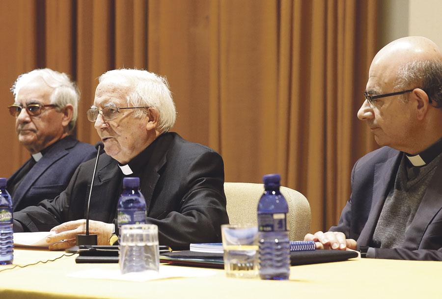 """La asignatura de Religión """"no es un privilegio que se da a la Iglesia; es un derecho de los padres"""" En un encuentro con profesores el cardenal les asegura, además, que """"no es algo que negociar sino exigir"""""""