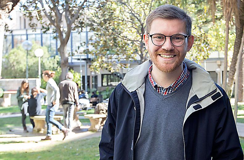 """""""Estudiar filosofía en el siglo XXI es, prácticamente, un acto de fe"""" Entrevista a Rafael Monterde Ferrando, 26 años, filósofo y bloguero católico valenciano"""