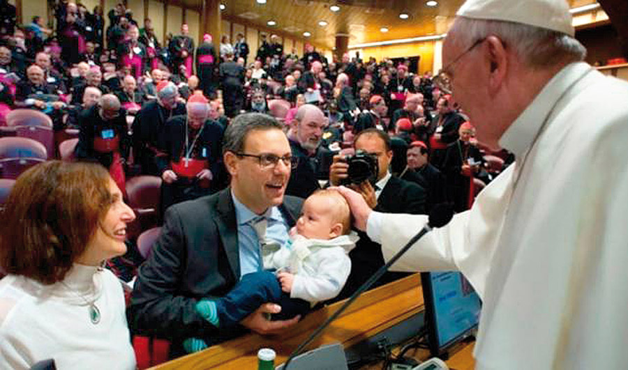 El Papa y la ideología de género Reflexión en torno a las critícas de Ximo Puig al cardenal Cañizares