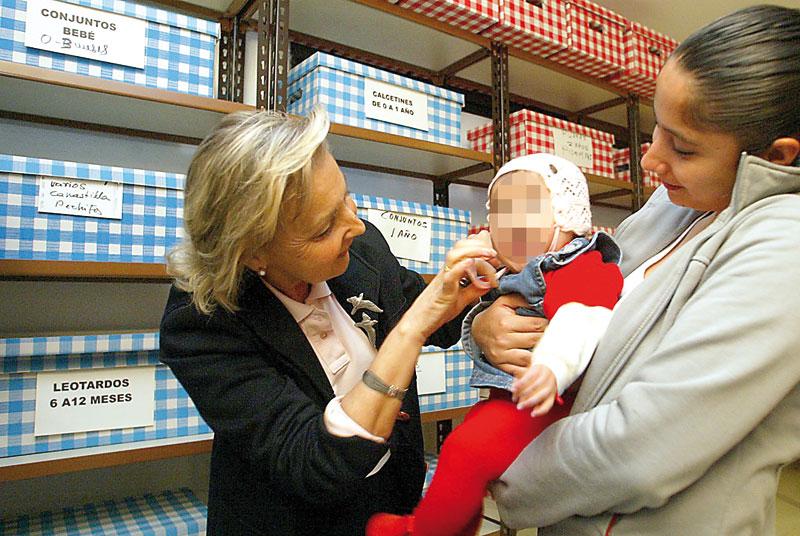 Provida Valencia alcanza los 40 años de  defensa de los no nacidos ante el aborto Desde 1979, esta entidad pionera en España ha ayudado a nacer a miles de niños