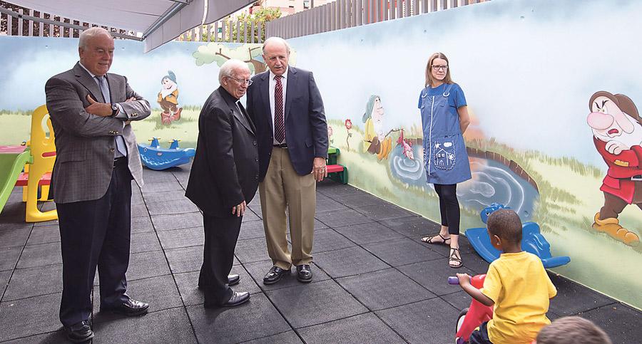El centro para enfermos sin hogar de Casa Caridad en Benicalap, pionero en España Bendecido por el Arzobispo, acoge también en sus instalaciones a familias sin recursos con hijos menores