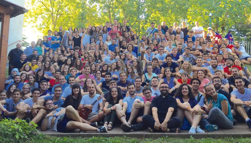 De Cracovia a Valencia…. ¡Taizé! Tras participar en la JMJ con el Papa, 200 jóvenes valencianos devuelven la visita a los hermanos