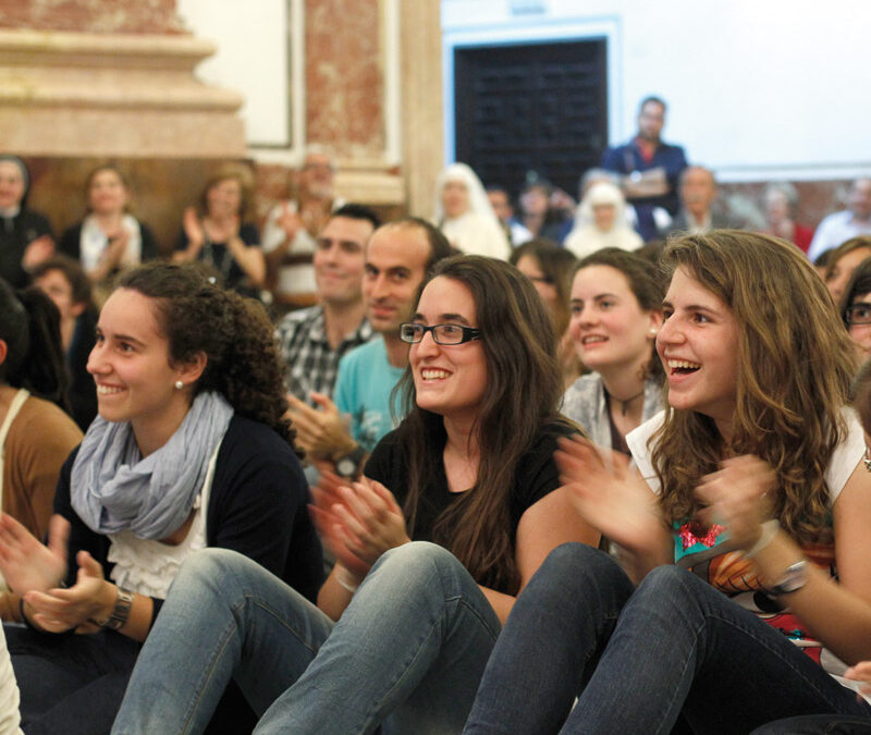 Viernes 7, primera vigilia de jóvenes en la Basílica Presidida por el arzobispo de Valencia
