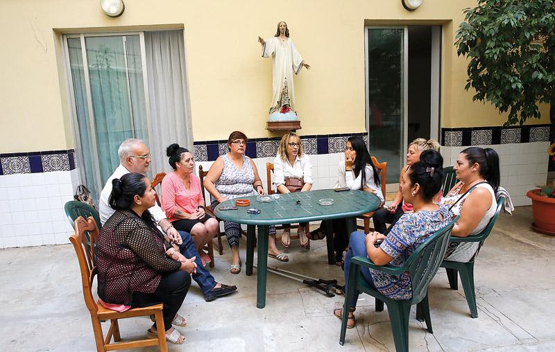 Camino a la vida en libertad La diócesis de Valencia abre en Valencia una vivienda para reclusas en tercer grado