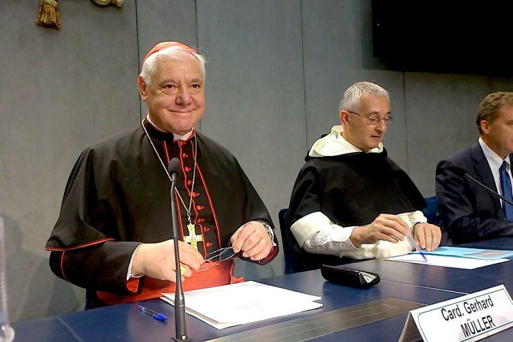 El Vaticano presenta las normas para la sepultura, cremación y conservación de las cenizas Elaborada por la Congregación para la Doctrina de la Fe