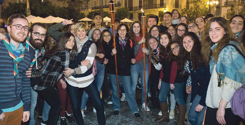 Jubileo de los jóvenes, el 5 de noviembre Con motivo del Año Eucarístico del Santo Cáliz