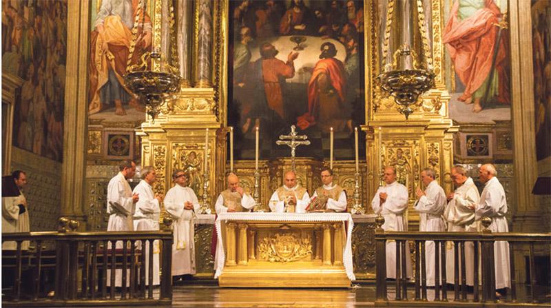 El Colegio Mayor San Juan de Ribera de  Burjassot celebra su primer centenario Con una misa de acción de gracias en El Patriarca de Valencia