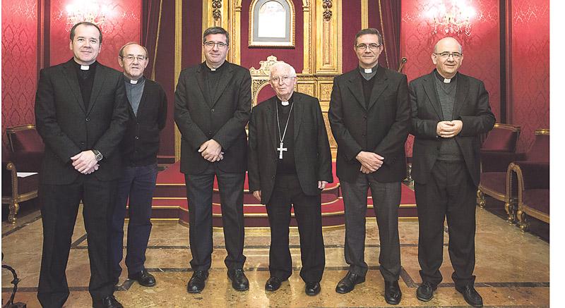 El Cardenal nombra nuevo secretario del Arzobispado y cuatro vicarios episcopales Recibieron los nombramientos el pasado lunes 28 de noviembre