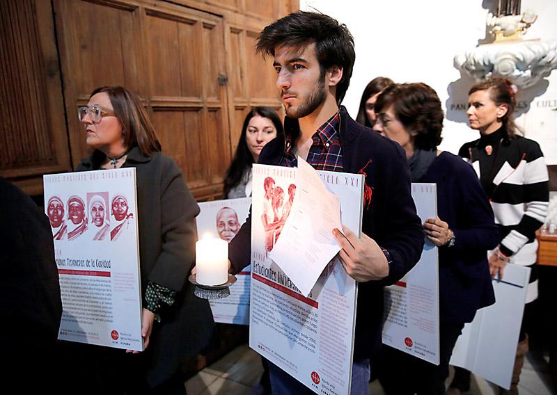 Uno de cada seis cristianos en el mundo vive en países con persecución religiosa Ayuda a la Iglesia Necesitada presenta su informe de 2016