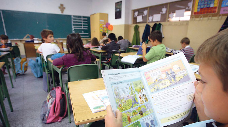 La CEE recuerda el derecho constitucional  de los padres a elegir centro educativo Ante las declaraciones de la ministra de Educación en el congreso de Esc. Católicas