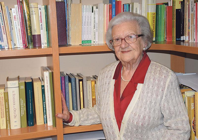 """Voluntaria a los 90 años: """"Así  devuelvo lo bueno de la vida"""" Pilar Soler, valenciana, IPremio Voluntariado por su dedicación a los mayores"""